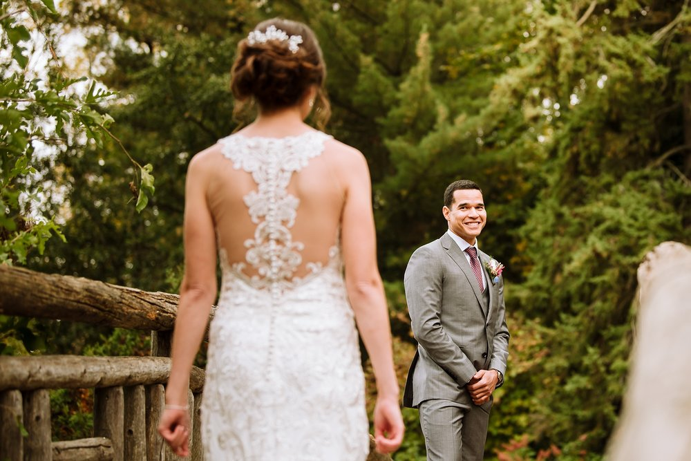 Toronto_Wedding_Photographer_Edwards_Gardens_0023.jpg