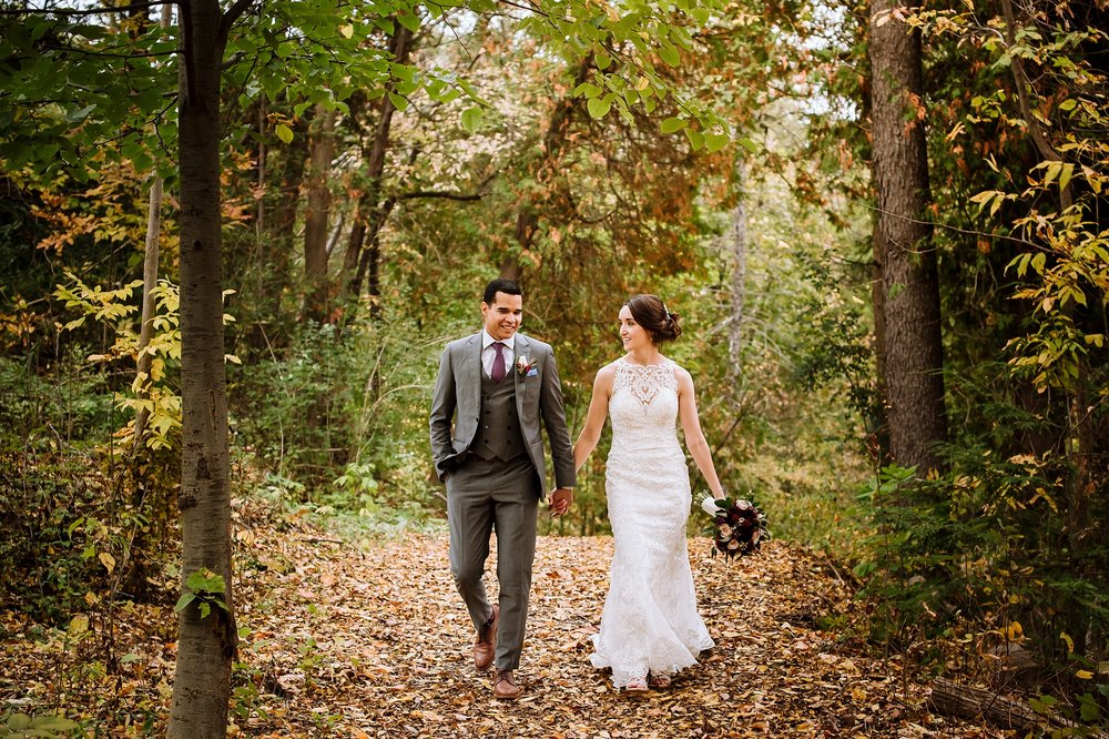 Toronto_Wedding_Photographer_Edwards_Gardens_0035.jpg