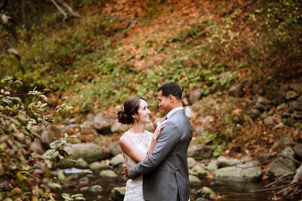 Toronto_Wedding_Photographer_Edwards_Gardens_0039.jpg