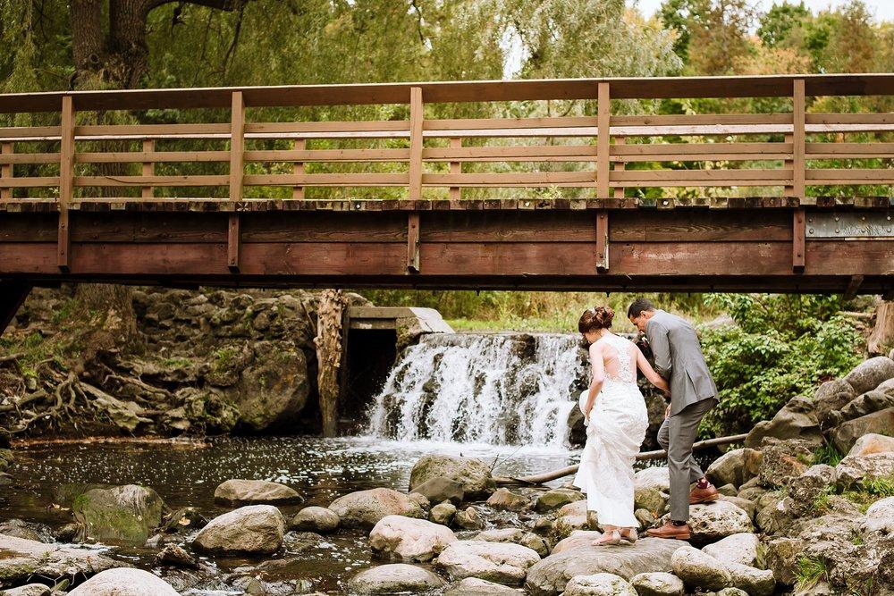 Toronto_Wedding_Photographer_Edwards_Gardens_0056.jpg