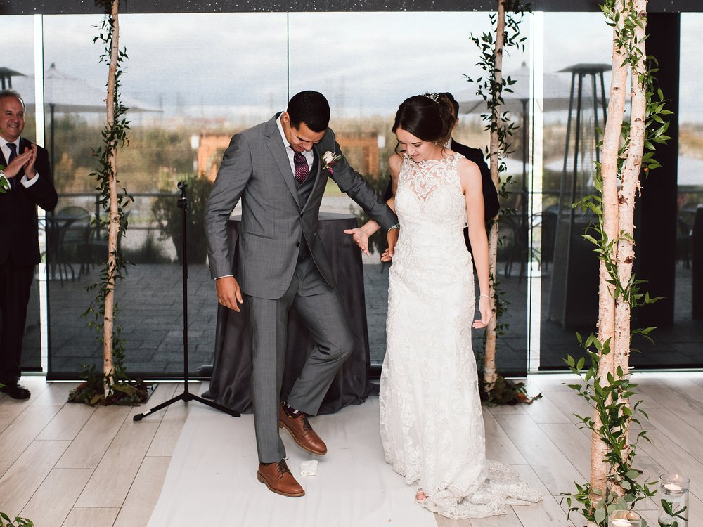 Toronto_Wedding_Photographer_Edwards_Gardens_0076.jpg