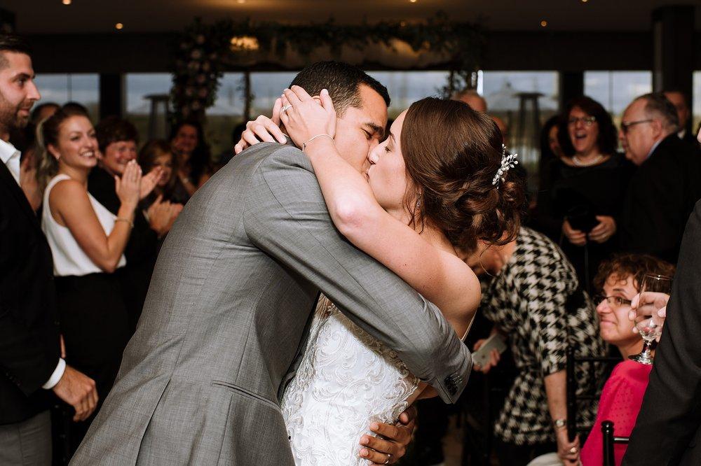 Toronto_Wedding_Photographer_Edwards_Gardens_0079.jpg