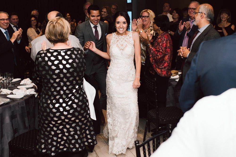 Toronto_Wedding_Photographer_Edwards_Gardens_0092.jpg