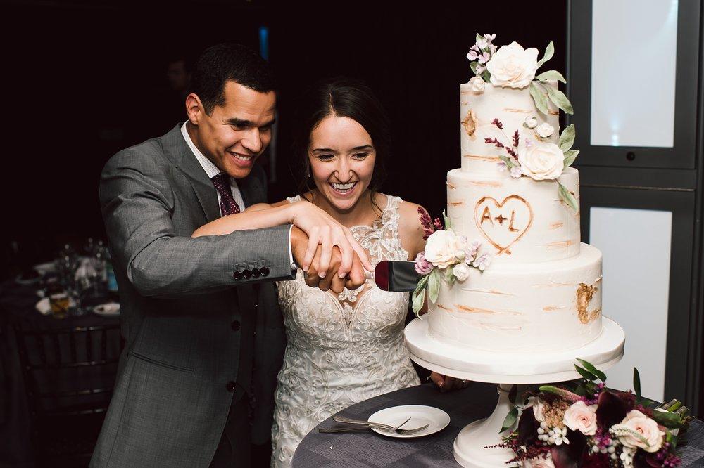 Toronto_Wedding_Photographer_Edwards_Gardens_0138.jpg