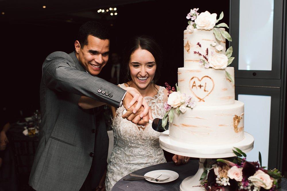 Toronto_Wedding_Photographer_Edwards_Gardens_0140.jpg