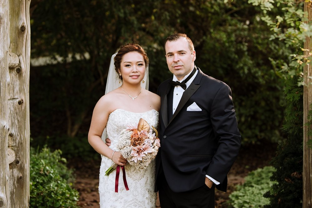 Sunnybrook_Estates_Alexander_Muir_Toronto_Wedding_Photographer_0007.jpg