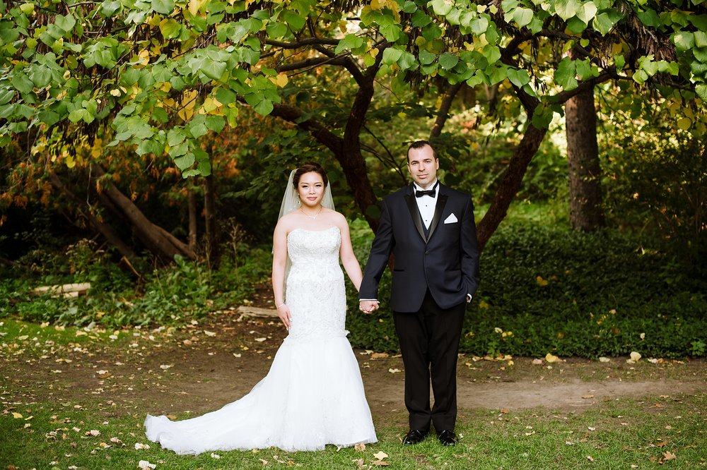 Sunnybrook_Estates_Alexander_Muir_Toronto_Wedding_Photographer_0018.jpg