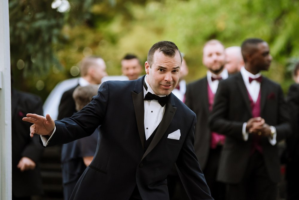 Sunnybrook_Estates_Alexander_Muir_Toronto_Wedding_Photographer_0044.jpg