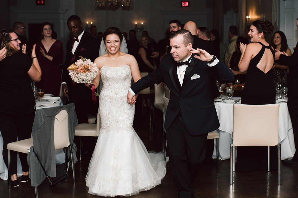Sunnybrook_Estates_Alexander_Muir_Toronto_Wedding_Photographer_0070.jpg