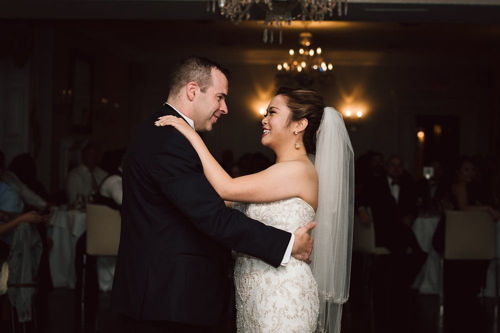 Sunnybrook_Estates_Alexander_Muir_Toronto_Wedding_Photographer_0075.jpg