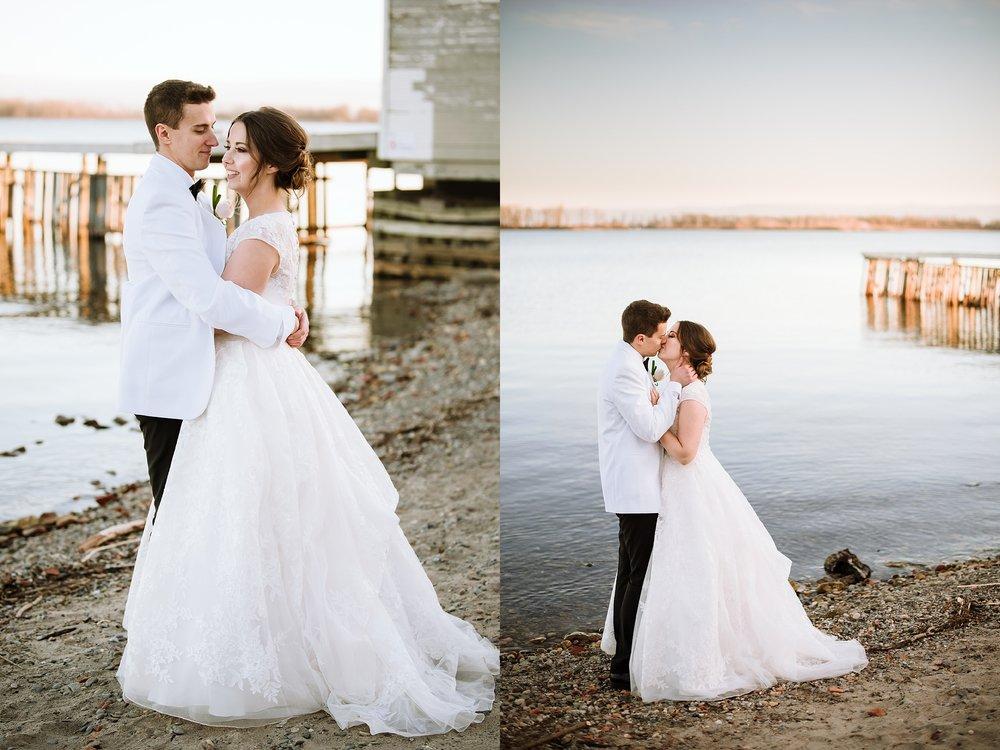 Jam_Factory_Wedding_Toronto_Winter_Wedding_Photographer_0027.jpg