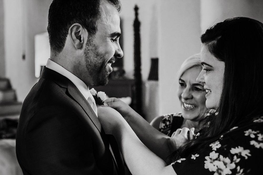 Toronto_Wedding_Photographer_Colombia_Destination_Wedding_0018.jpg