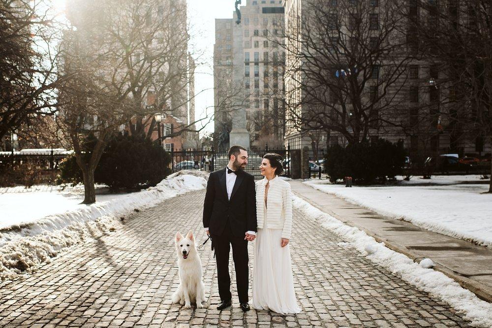 Toronto_City_Hall_Elopement_Wedding_Photographer003.jpg