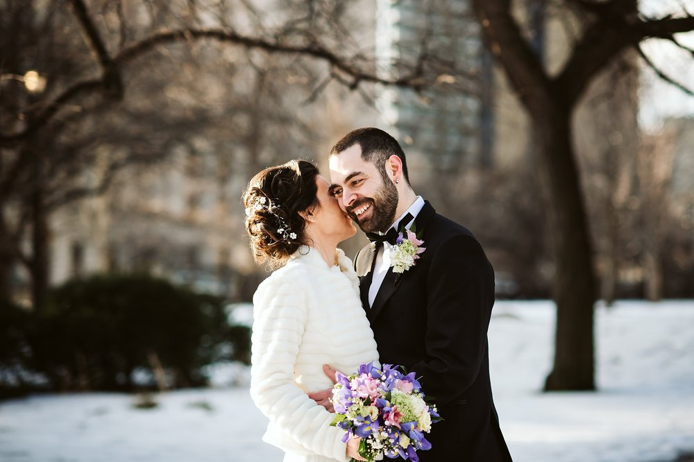 Toronto_City_Hall_Elopement_Wedding_Photographer010.jpg