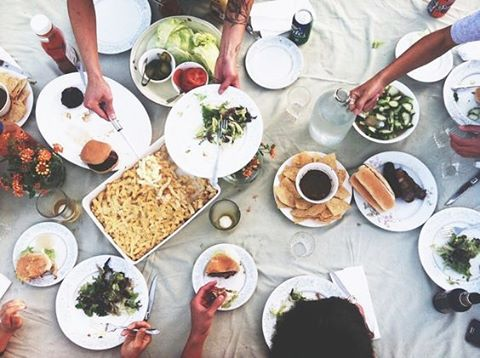 Already daydreaming about next weekends meal al fresco with friends ? Don't forget : We're offering 25% off site wide ! Order now and have it before your weekend grilling 🍔🍺🍴. Enter code FREEZERFILL at check out !