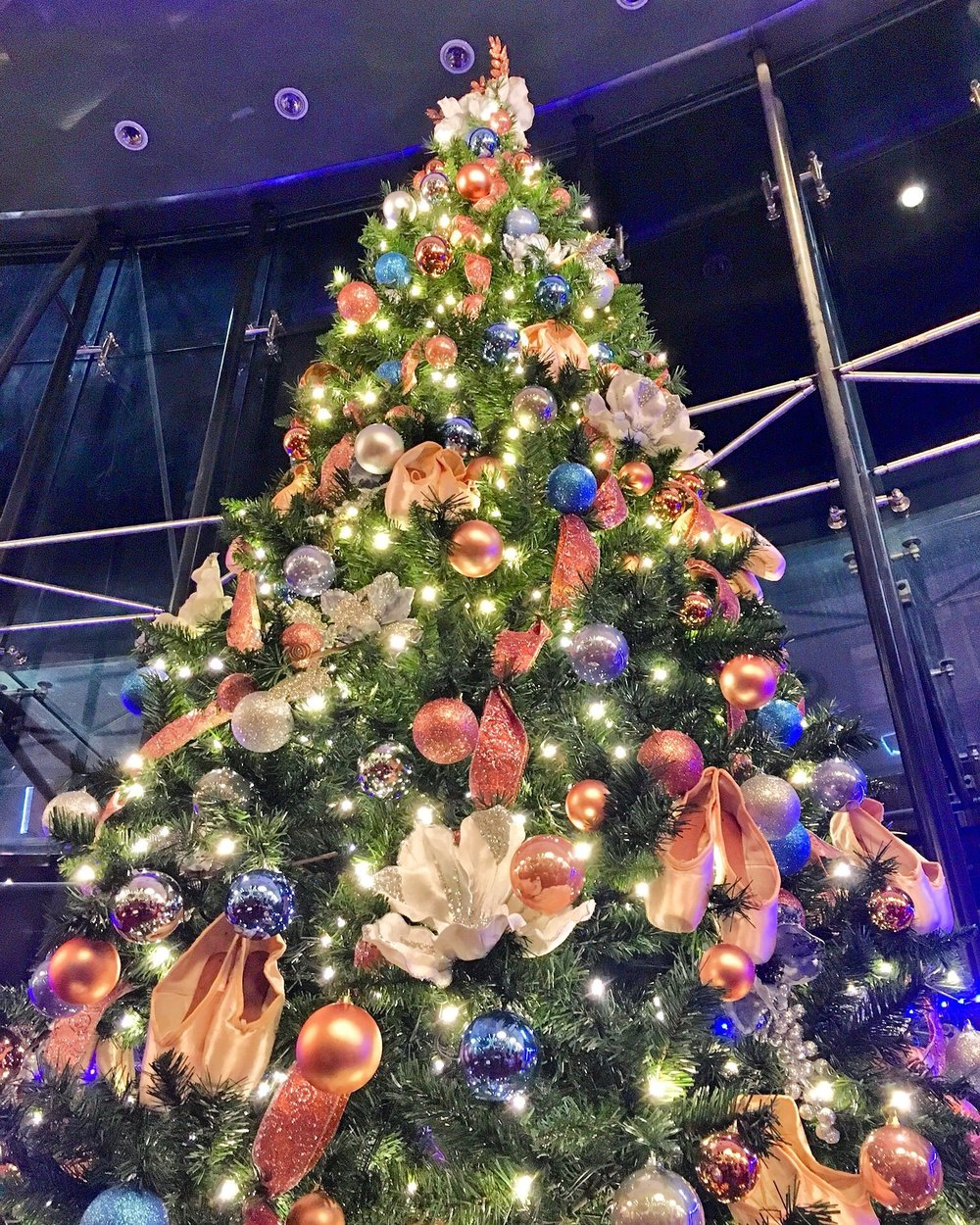 The amazing ballet themed Christmas tree at the Festival Theatre