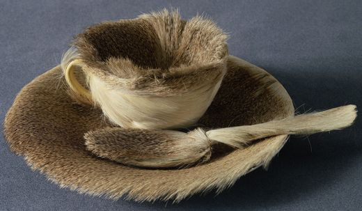 Meret Oppenheim, Fur-lined Teacup, 1936