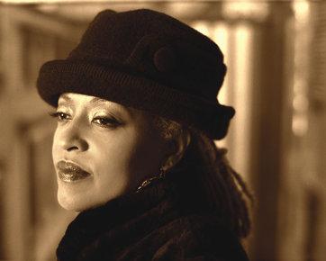 Jimmy Katz, Cassandra Wilson , photograph, 2002