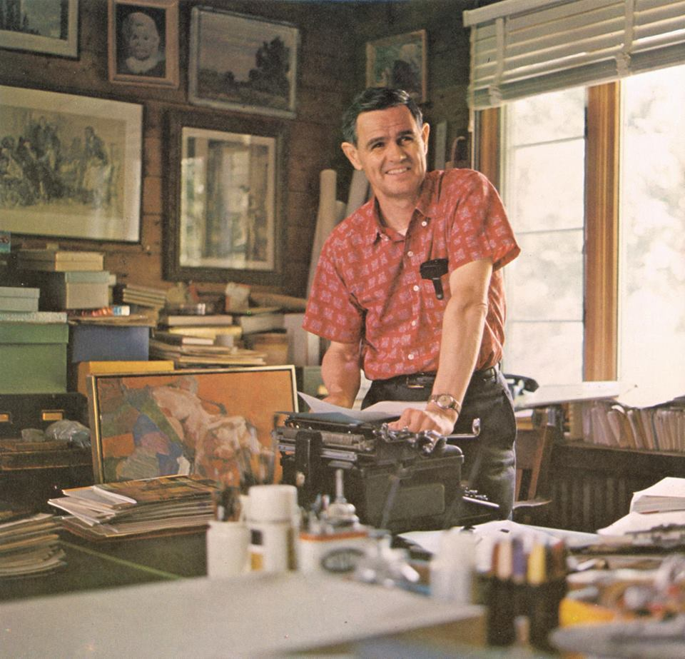 Walt Reed in his studio in Westport, Connecticut. Courtesy of the Walt Reed Facebook page.
