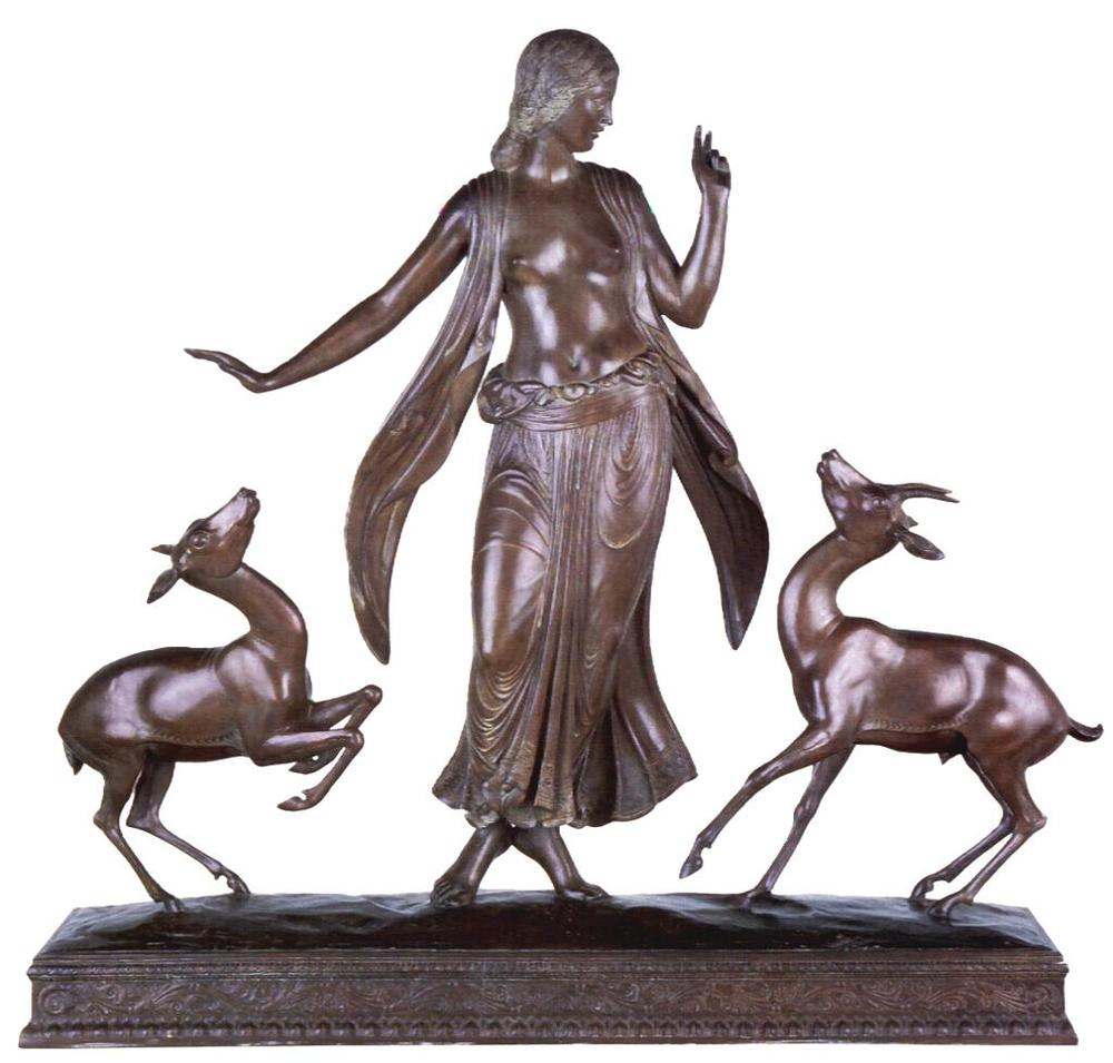 Paul Manship,  Dancer and Gazelles , 1916. At the Smithsonian Institution. A three-dimensional ensemble, with a very strong 2-dimensional profile.