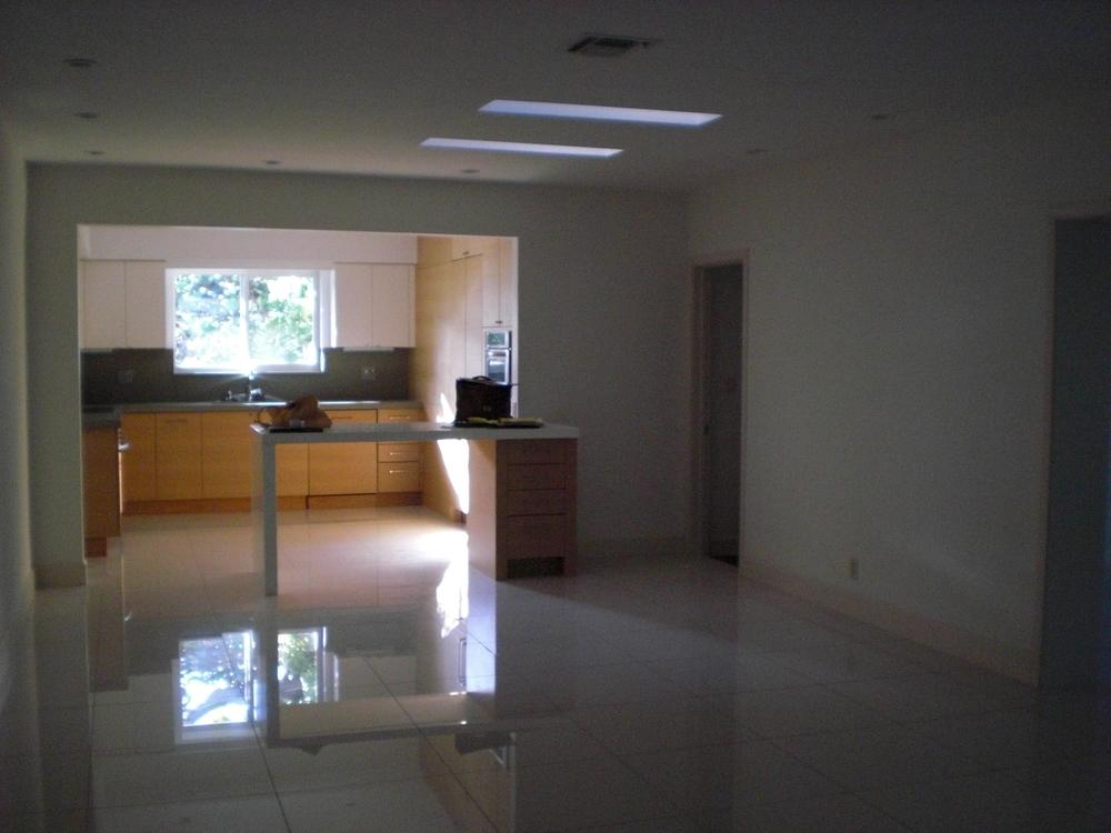 livingroom10.JPG