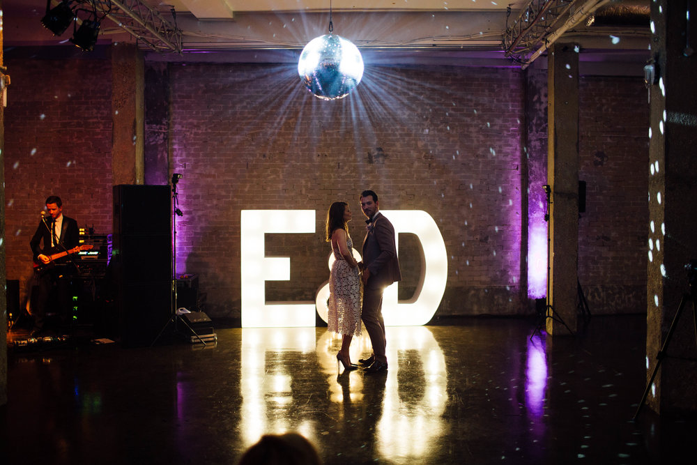 Wedding Production, Wedding band, Light up letters, First dance, Bride & groom, Dita Rosted Events