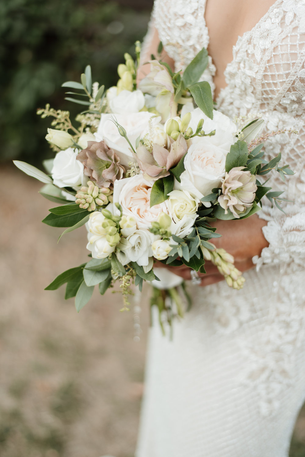 Bouquet: Nous Design Group | Photo: Mango Studios