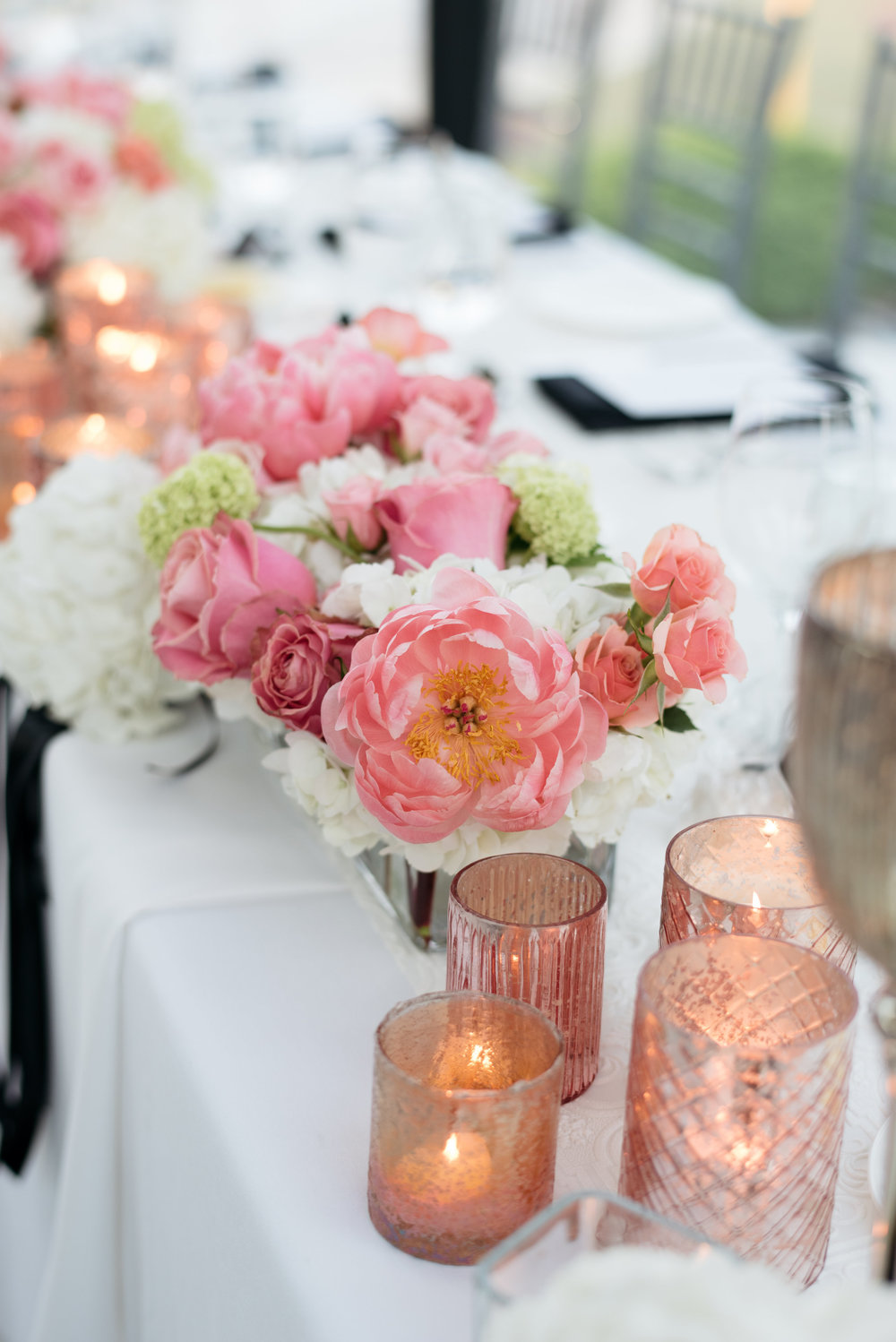 Flowers:  Wildflowers & CO  | Photography:  Alicia Thurston