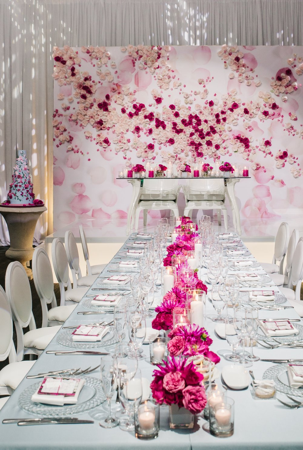 Flowers:  Have A Seat  | Photo:  Love Studio