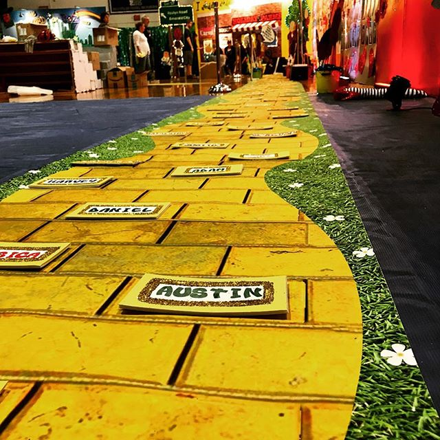 We had so much fun creating this #yellowbrickroad for Roslyn High School's Senior Party. Congrats #graduating class of #2017!!! #wideformatprinting #vinyl #events #somewhereovertherainbow🌈 #education #party #seniors17🎓#theresnoplacelikehome #decor #nyc #LOGON