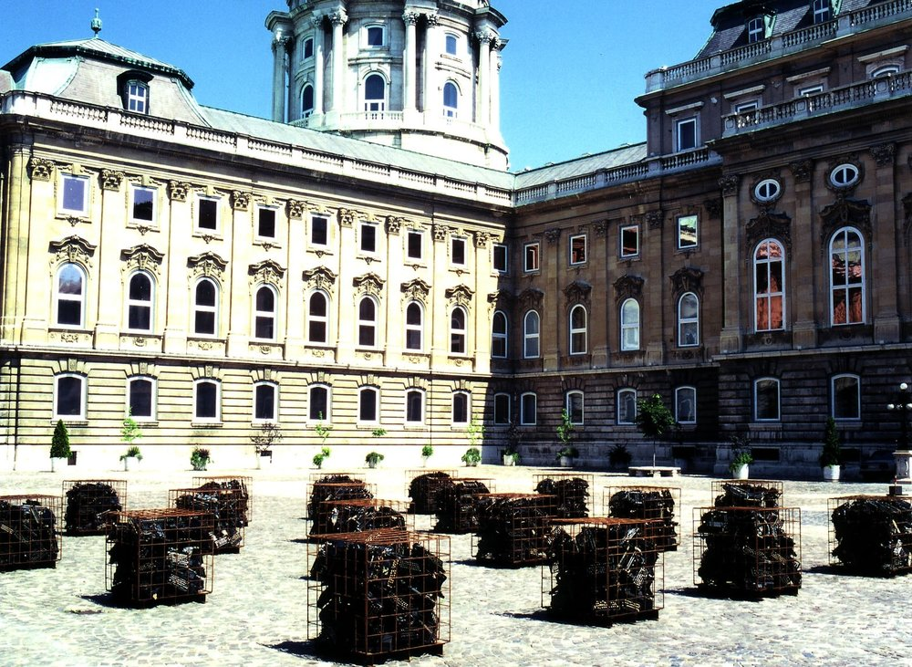 Lions' Courtyard, Buda Castle, Budapest, 2002, photo by Sheryl Oring