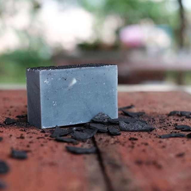 Peep one of our newest curated goods 😄 - Coconut Charcoal Soap: some of the benefits of using activated charcoal in soap include:⠀ ⠀ - Clearer, less oily skin⠀ - Pore reduction⠀ - Aides in reducing acne breakouts⠀ - Clear skin blemishes⠀ - and many more!⠀ ⠀ Pick up a bar and visit us tomorrow at Fort Mason, SF during @renegadecraft fair 👍🏼 .⠀ .⠀ .⠀ .⠀ .⠀ #cleanandcurated #cleanliving #bathsoap #coconutoilsoap #coconutoil #charcoal #charcoalsoap #handmade #naturalbeauty #cleanser #bodysoap #skinbenefits #kambujatrading #renegadecraftfairsf  #renegadecraftfair @brianimphoto ⠀