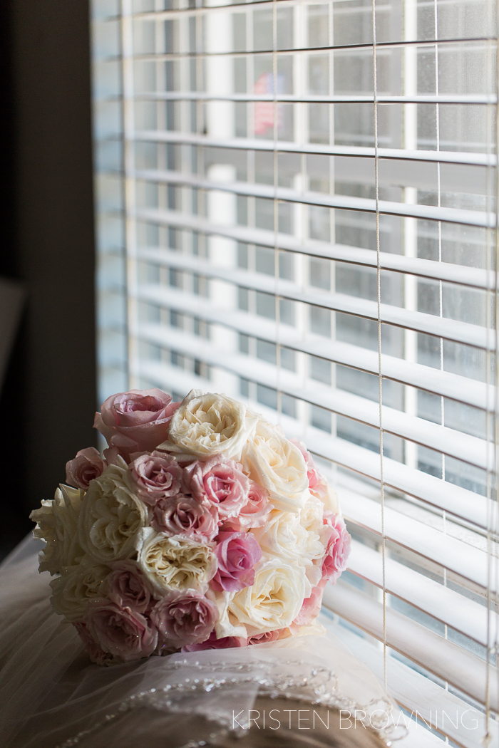 Loved the mix of pinks and cream colored roses by  Misty Rose