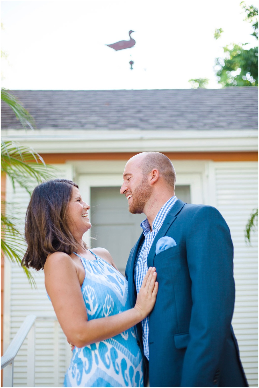 dressy-outfit-ideas-engagement-photos-jupiter-florida