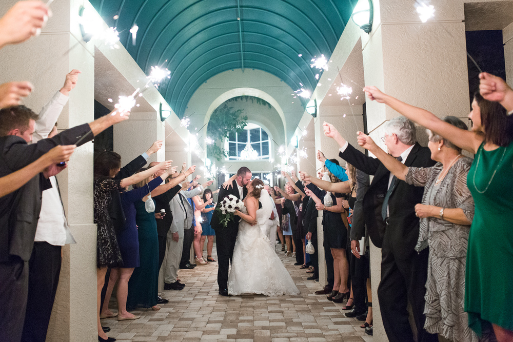 willoughby-golf-club-wedding-pictures (4 of 4).jpg
