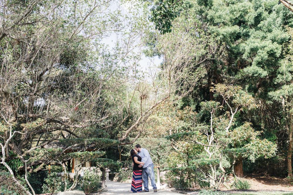 morikami-japanese-gardens-engagement-photo-0007.jpg