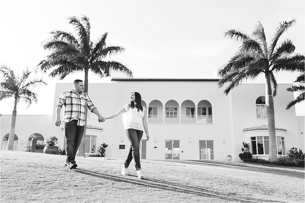 engagement-pictures-tuckahoe-mansion-jensen-beach-florida