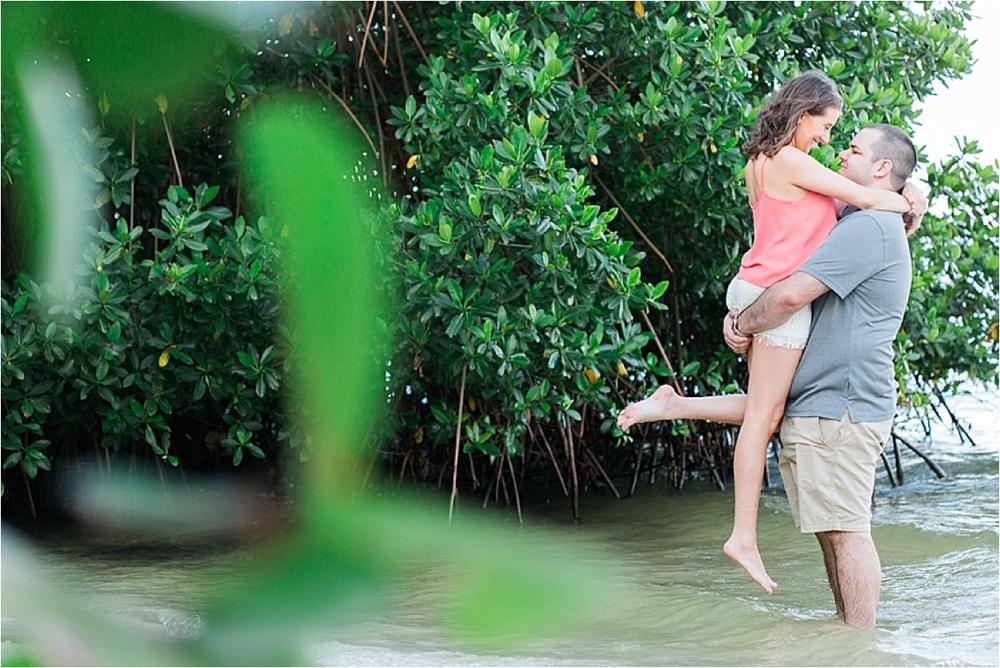 indian-riverside-park-engagement-pictures