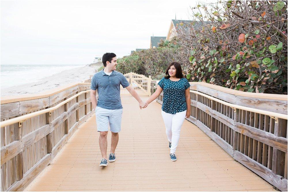 vero-beach-engagement-photographer