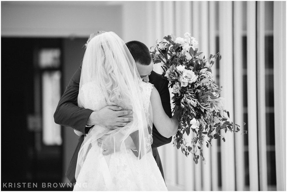 first-look-wedding-photos-0011.jpg