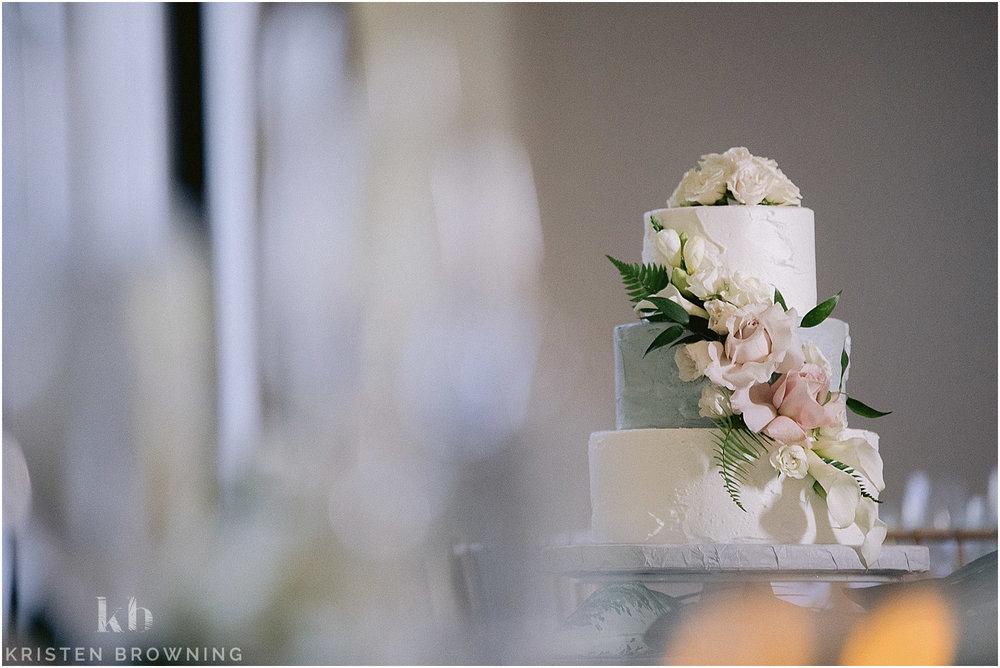 hutchinson-shores-resort-wedding-photos_0030.jpg