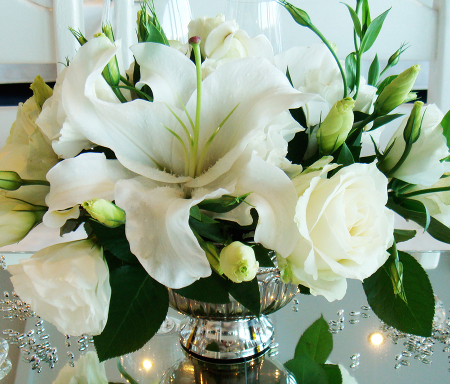 white lillies and roses