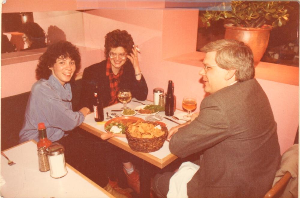 Luba Pincus and customers at Manhattan Chili Co. Bleecker Street, circa 1985.