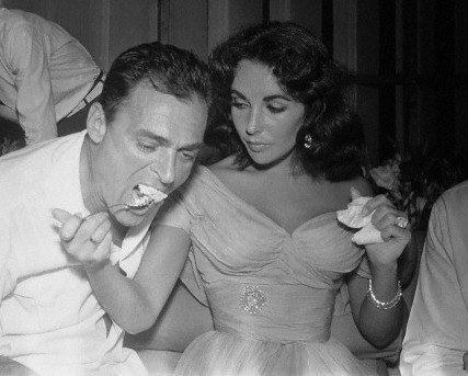 Elizabeth Taylor's so very '50s wedding gown | follow us on Instagram @ thewildflowers.events