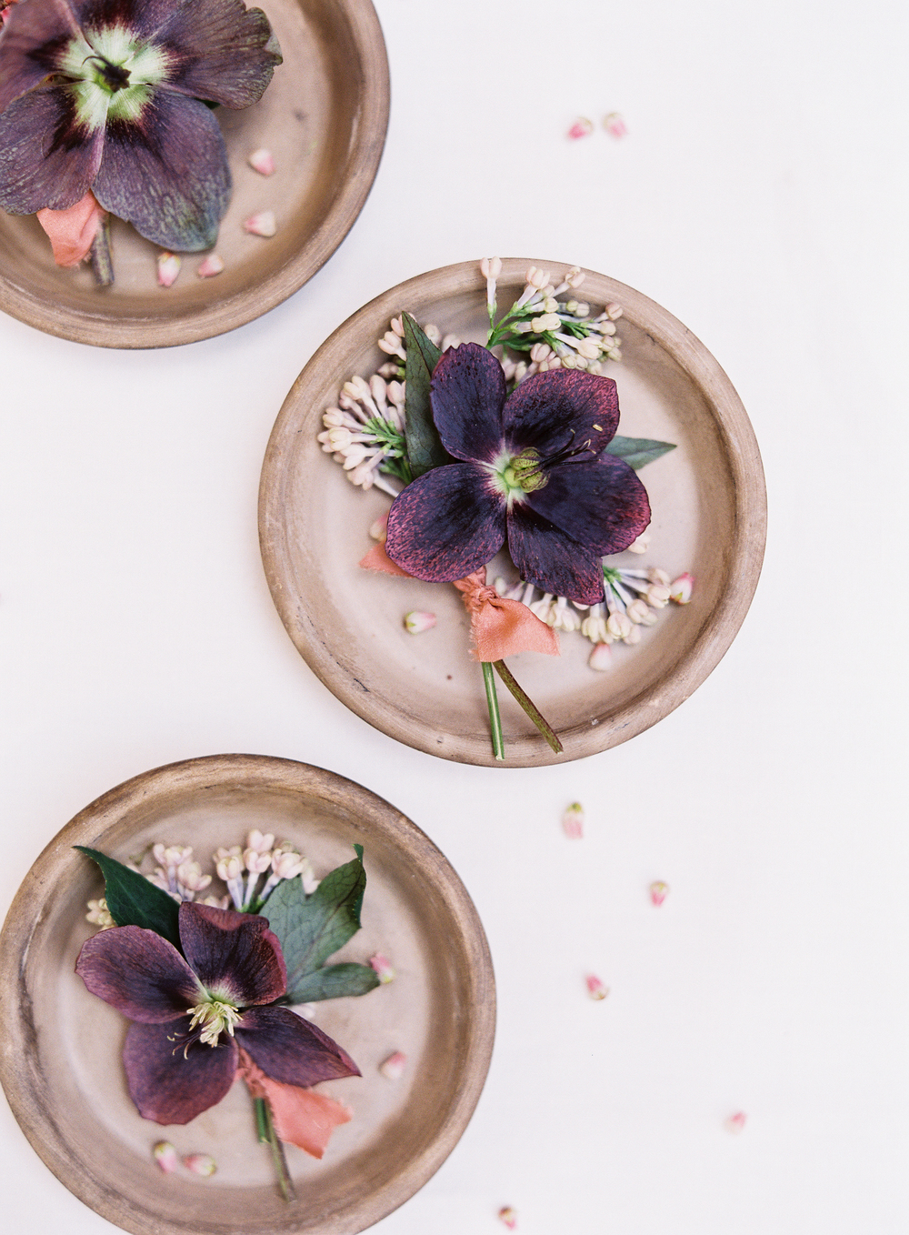 purple boutonnieres | terracotta pink wedding inspiration designed by The Wildflowers | follow us on instagram: @ thewildflowers.events
