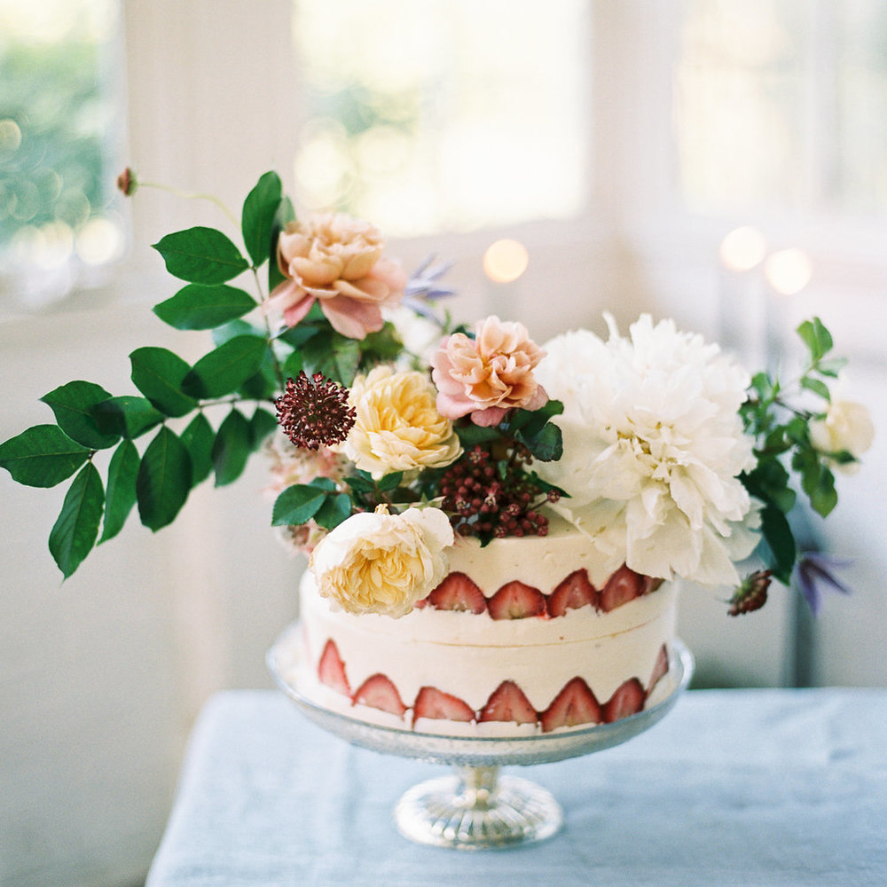 strawberry floral naked cake | follow us on instagram: @ thewildflowers_com