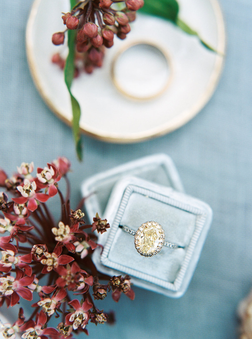 yellow engagement ring dish mrs box | follow us on instagram: @ thewildflowers_com