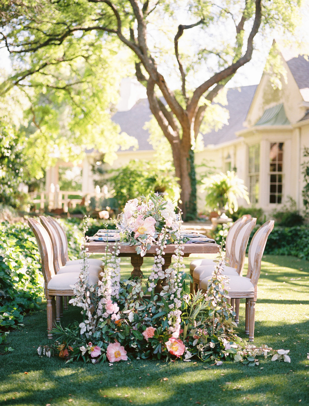 Elegant bohemian garden wedding inspiration featured in   Green Wedding Shoes