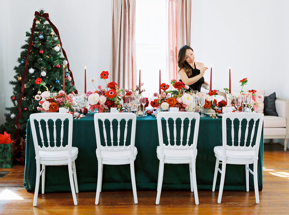 holiday-christmas-dinner-party-entertaining-tips