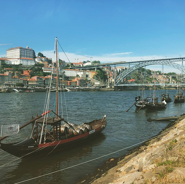 Gorgeous Gaia, just across the bridge from Porto and home of all the port cellars and tasting rooms. Had a Tawny cocktail at Sandeman and tasted 10 year aged Tawny at Porto Ramos Pinto. Magic!